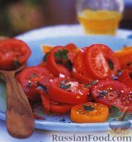 Фото к рецепту: Салат из помидоров и перца