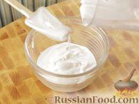 Фото к рецепту: Белковая глазурь для кулича