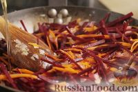 Фото приготовления рецепта: Борщ украинский - шаг №8