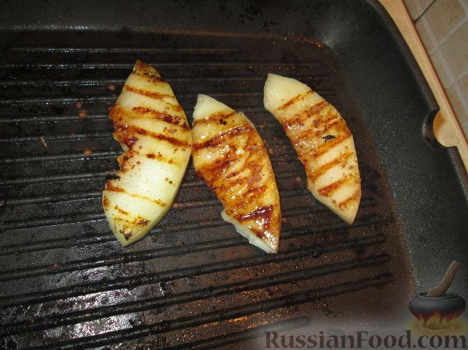 Фото приготовления рецепта: Десерт из дыни - шаг №1