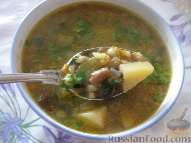 Фото приготовления рецепта: Свиные тефтели, тушенные в миндальном соусе с белым вином - шаг №9