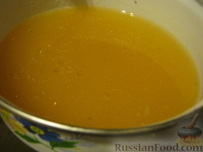 Фото приготовления рецепта: Рисовый суп с капустой и сыром - шаг №6