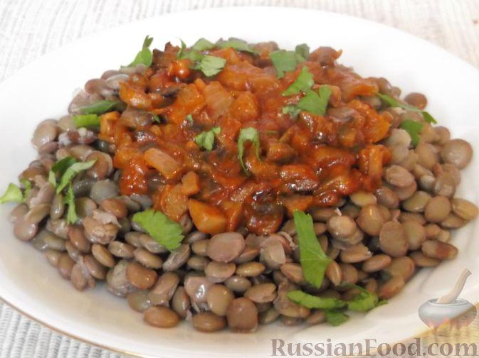 Рецепт Чечевица с грибами, маслом, томатом и луком
