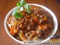 Фото приготовления рецепта: Фасоль тушеная с грибами - шаг №6