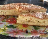 Фото к рецепту: Капустный пирог с кунжутом (на кефире)