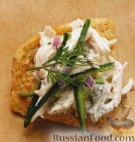 Фото к рецепту: Закуска с куриным мясом порционная