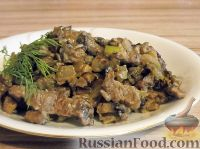 Фото к рецепту: Беф-строганов в грибном соусе