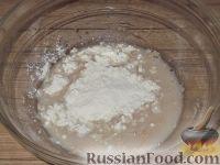 Фото приготовления рецепта: Постное дрожжевое тесто (безопарный способ) - шаг №4