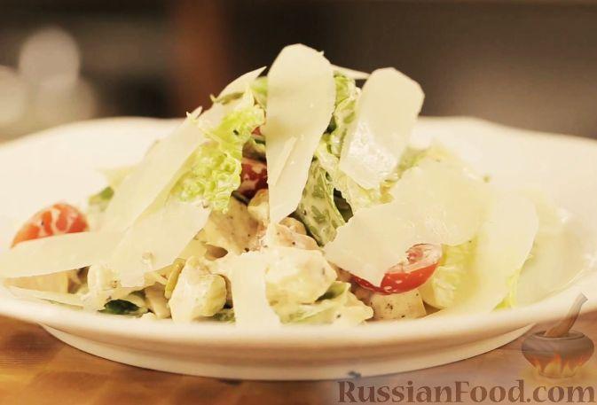 Рецепт Салат с курицей и беконом