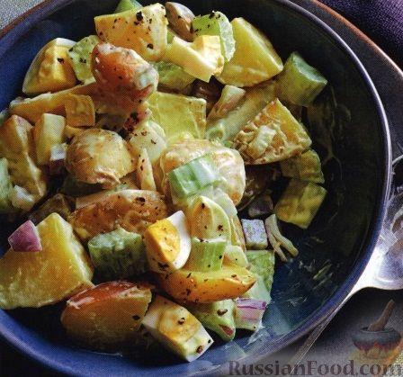 Рецепт Картофельный салат с сельдереем, луком и яйцом