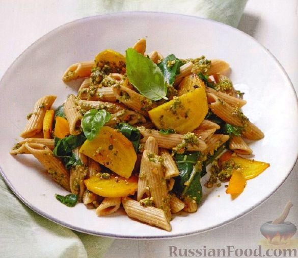 Рецепт Паста со свеклой и соусом песто