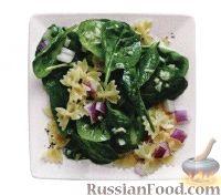 Фото к рецепту: Салат из шпината, пасты и лука