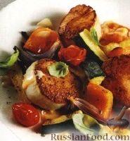 Фото к рецепту: Жареные морские гребешки с печеными овощами
