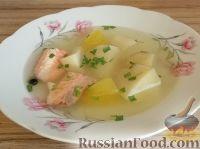 Фото к рецепту: Суп из форели с картофелем