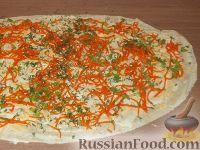 Фото приготовления рецепта: Рулет с корейской морковью - шаг №7