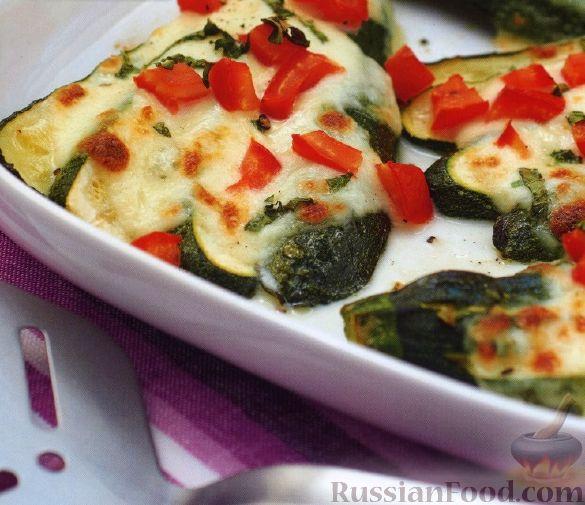 Рецепт Цуккини, запеченные с сыром и помидорами