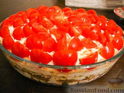 """Рецепт Слоёный салат с грибами """"Красная Шапочка"""""""