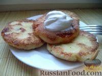Фото к рецепту: Сырники с манкой