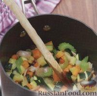 Фото приготовления рецепта: Овощной суп - шаг №2