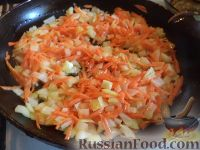 Фото приготовления рецепта: Щи из свежей капусты (классический рецепт) - шаг №5