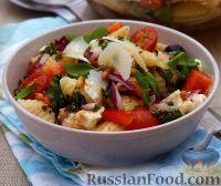 Фото к рецепту: Салат с пастой и овощами