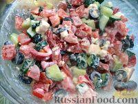 Фото к рецепту: Греческий салат на скорую руку