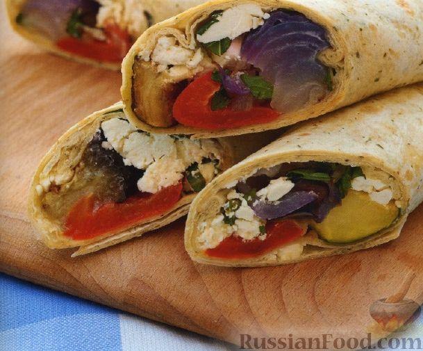 Рецепт Закусочные рулеты с печеными овощами и сыром