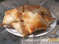 Фото к рецепту: Тандыр самса (слоеные пирожки с мясом по-узбекски)