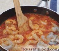 Фото приготовления рецепта: Спагетти с креветками - шаг №2