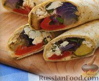 Фото к рецепту: Закусочные рулеты с печеными овощами и сыром