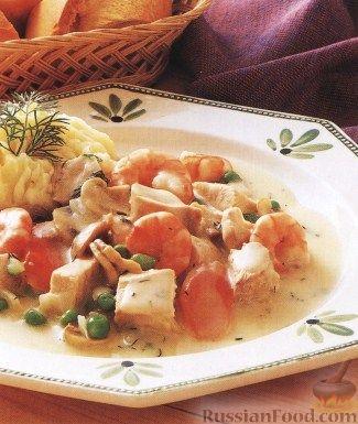 Рецепт Тушеная индюшатина с креветками и овощами
