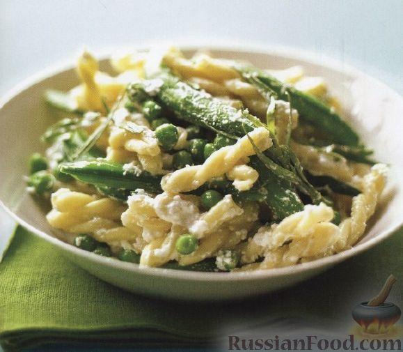 Рецепт Макароны с зеленым горошком и сыром рикоттой