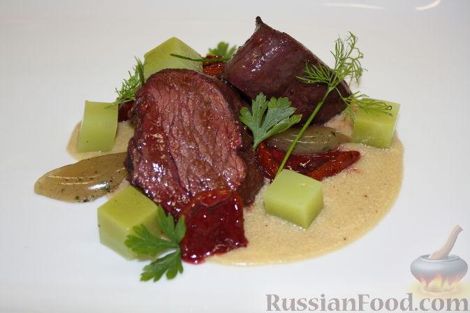 Рецепт Кубики говядины с соусом из фуа-гра и яблочным желе