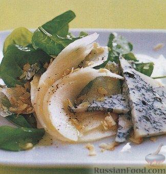 Рецепт Салат из шпината, груши и голубого сыра