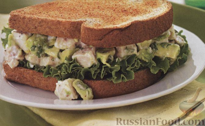 Рецепт Бутерброд с курицей и авокадо