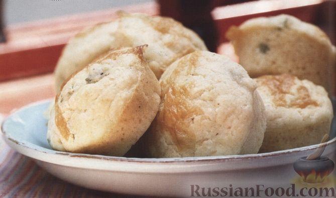 Рецепт Кукурузные маффины с сыром, луком и чесноком