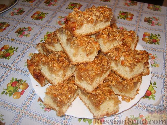 Рецепт Пирог с яблоками и хрустящей овсяной крошкой