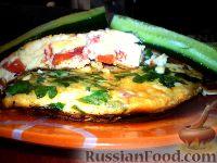 Фото к рецепту: Омлет с помидорами и болгарским перцем