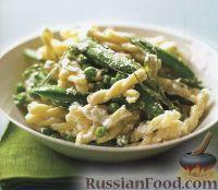 Фото к рецепту: Макароны с зеленым горошком и сыром рикоттой
