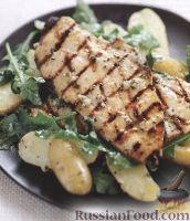 Фото к рецепту: Жареная курица с картофельным салатом