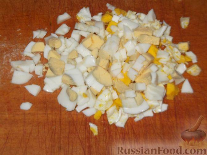 Фото приготовления рецепта: Пирог из лаваша с куриным фаршем и сыром - шаг №8
