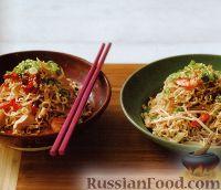 Фото к рецепту: Вермишель с куриным мясом и креветками