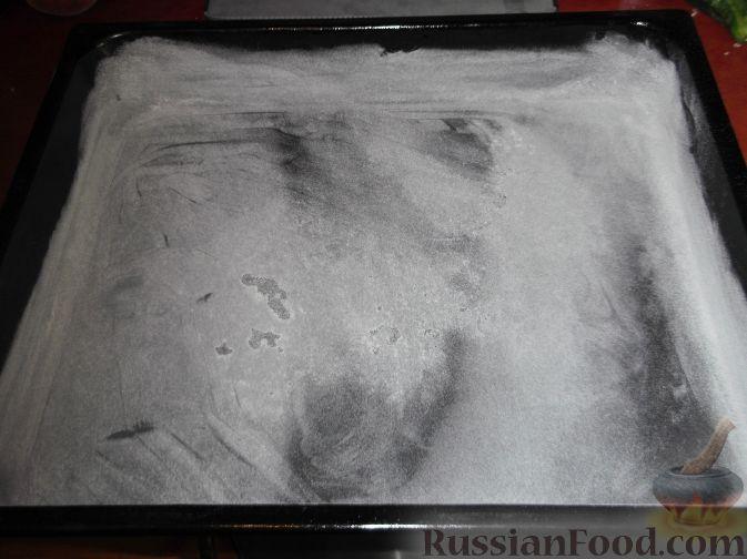 Фото приготовления рецепта: Щи из свежей капусты с обжаренными фрикадельками - шаг №6