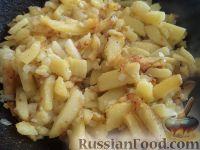 Фото приготовления рецепта: Дедушкина жареная картошка - шаг №9