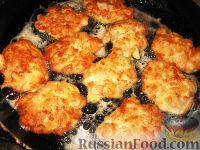 Фото приготовления рецепта: Нежные куриные котлеты - шаг №5