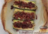 Фото к рецепту: Запеченный кабачок с ветчиной