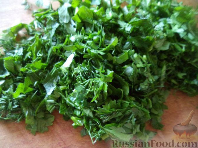 Фото приготовления рецепта: Красный борщ с говядиной и черносливом - шаг №16
