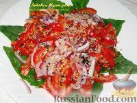 Фото к рецепту: Летний салат со шпинатом