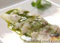 Фото к рецепту: Сибас на спарже под мятным соусом