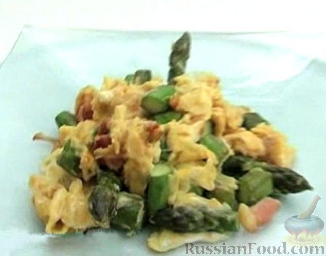 Рецепт Взбитые яйца (омлет) со спаржей